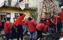 Festa Bella_alzata del palo