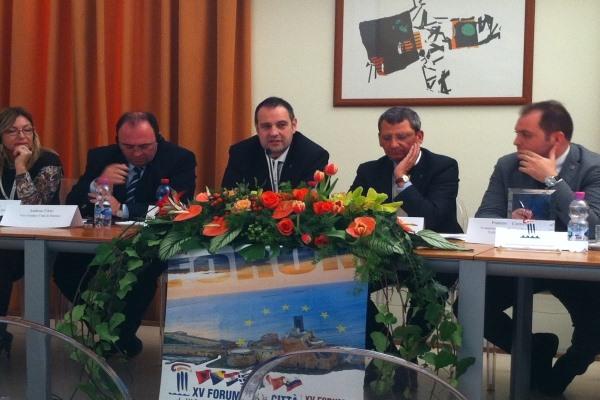 Urbinati al forum di Brindisi