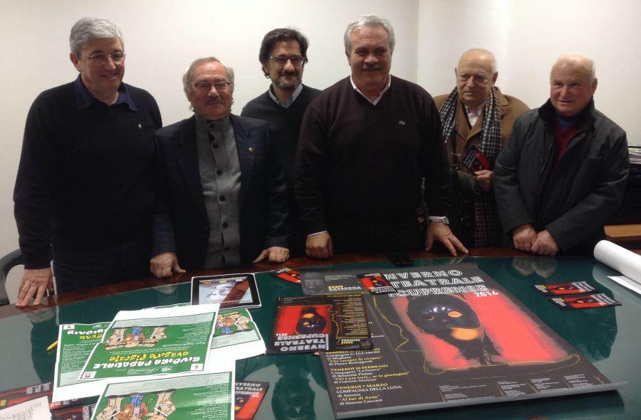 il comitato organizzatore insieme al sindaco D'Annibali e l'assessore Bruni