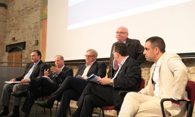 Marche 2020, Macroregione Adriatico Ionica: un momento del convegno
