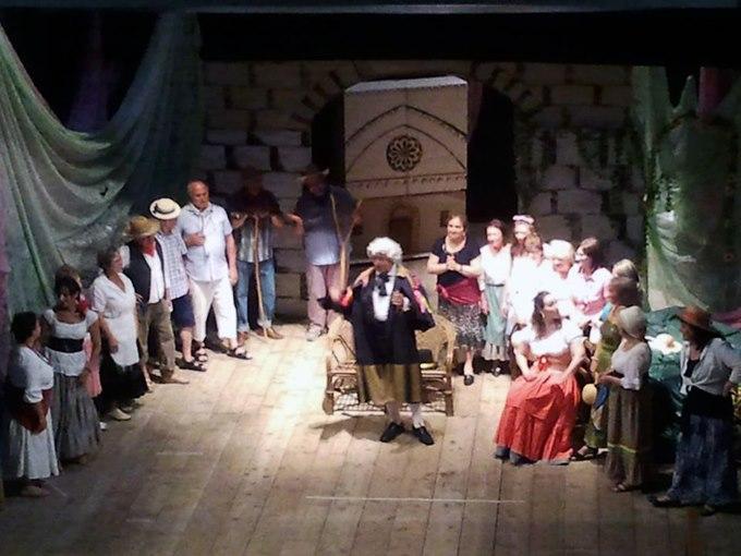 Tripudio di applausi per 'L'elisir d'amore' al Teatro Mercantini