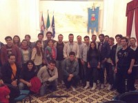 i giovani cuprensi insieme all'assessore Luca Vagnoni e al consigliere Mario Pulcini