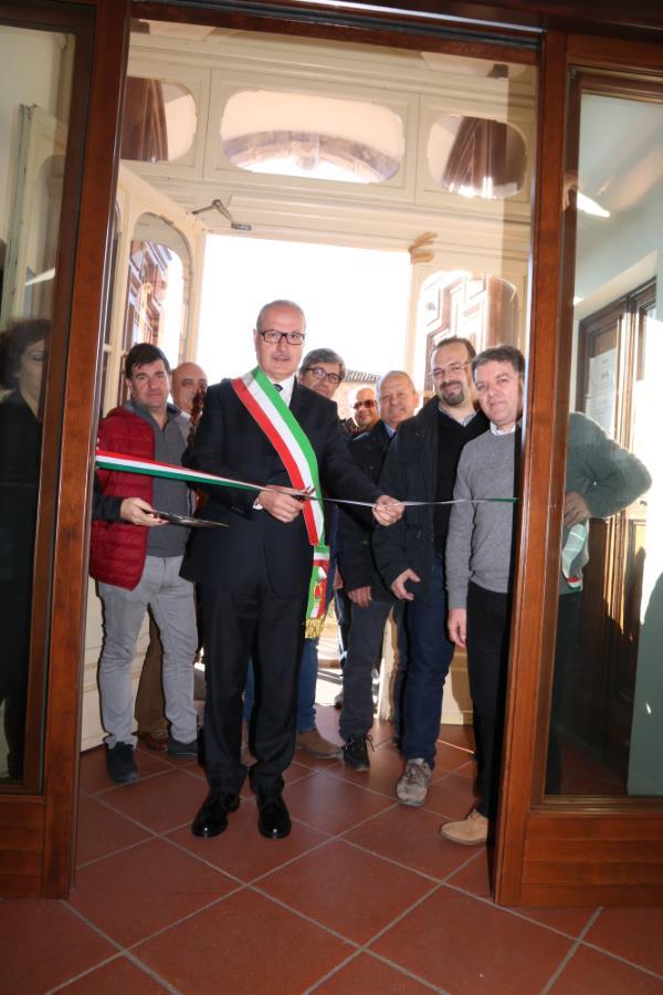 Inaugurati i lavori di ristrutturazione del Palazzo Comunale e dell'Istituto Scolastico Comprensivo