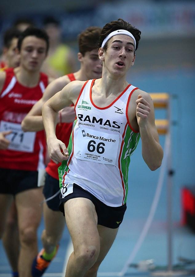 Simone Barontini superstar: oro e record nei 1000 metri