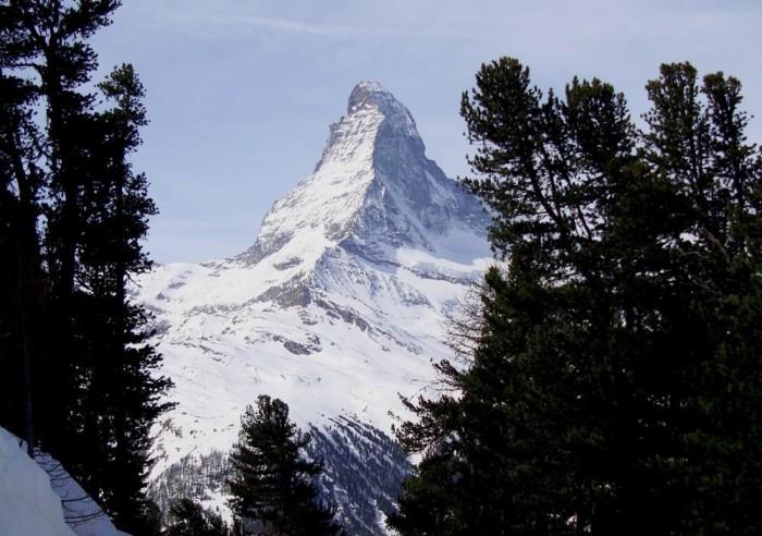 Matterhorn from the black track Obere National-Zermatt apr 2014, ph Roberto Santella © www.ilmascalzone.it