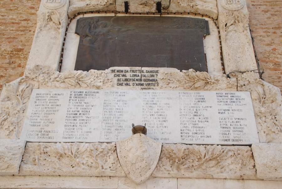 Continuano le ricerche dei familiari dei 118 caduti giuliesi