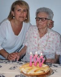 100 anni Angela Viviani con la figlia Adalgisa