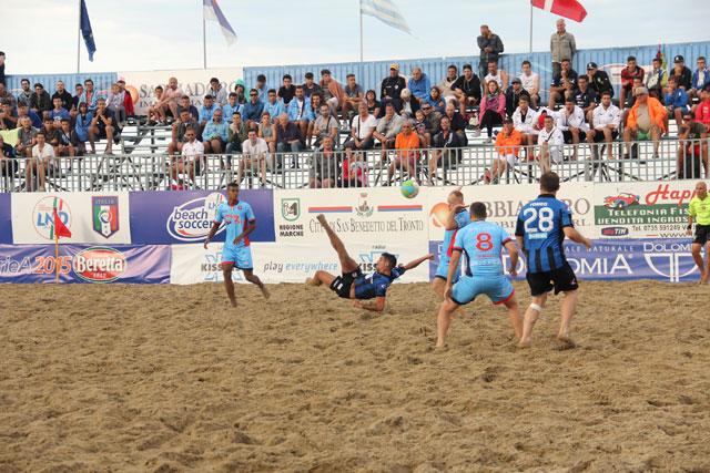 Beach Soccer, Happy Car Samb – Pisa 4-3 (0-0, 1-1, 3-2)