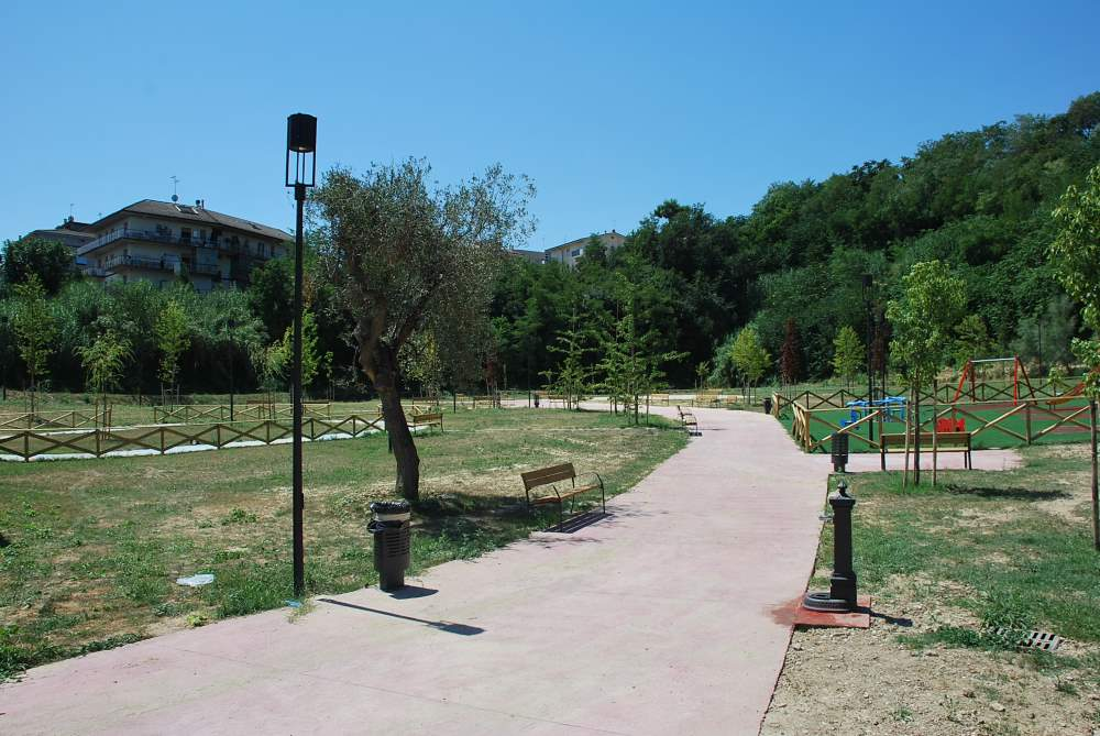 Riaprono i parchi cittadini
