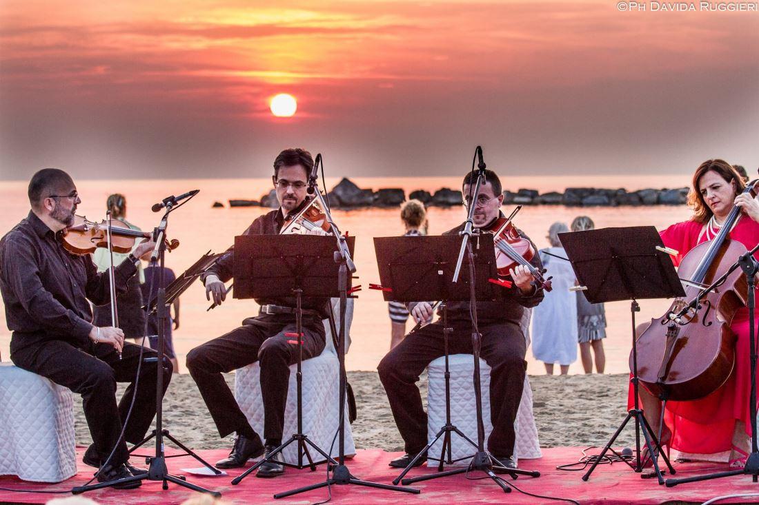 """San Benedetto saluta l'alba di Ferragosto con il concerto """"Aurora Picena"""""""