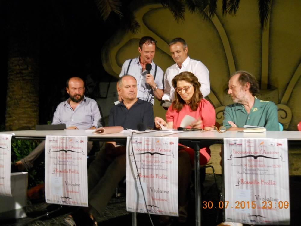 La poesia di Rossella Frollà ha incantato il pubblico della Palazzina