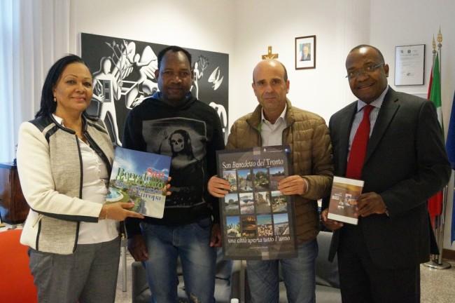 2015-10-17 - Ricevuta in Comune una delegazione dell'Angola