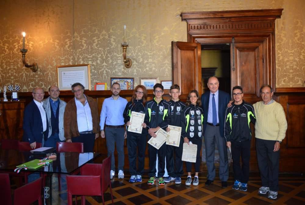 Riconoscimenti ai ragazzi dell'Atletica Amatori Osimo Bracaccini