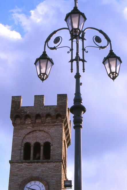 Castelleone: firmato il protocollo d'intesa per attività di volontariato rivolto ai cittadini extracomunitari