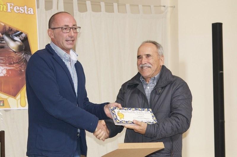 """Concorso """"Miglior miele dei Parchi d'Abruzzo"""": i vincitori dell'edizione 2015"""