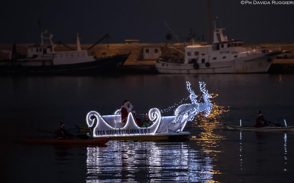 Babbo Natale arriva dal mare