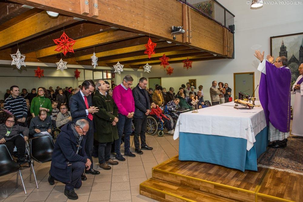 Celebrazione Natalizia del Vescovo al Centro Biancazzurro