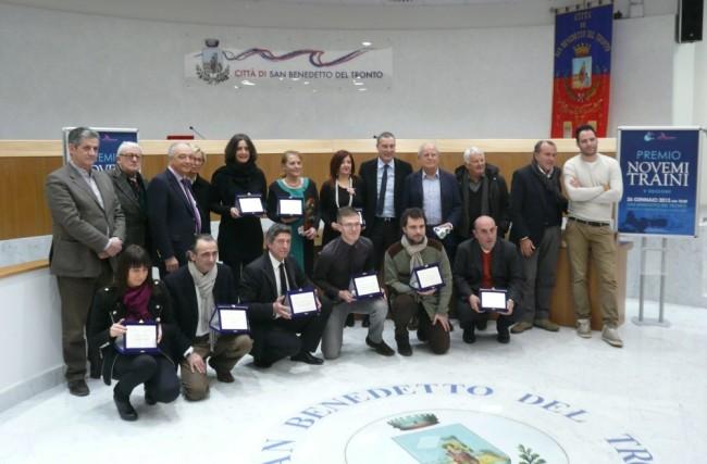 Aleandro Di Silvestre è accanto al nostro direttore in occasione del premio giornalistico Novemi Traini 2013