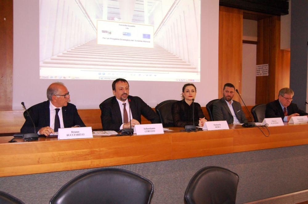 Accordo quadro Regione Marche, Confindustria Marche, FederlegnoArredo per rinnovare il distretto marchigiano