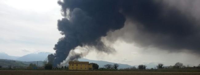 2016-03-29 - 15:15:39 -incendio di vaste proporzioni alla Italpannelli