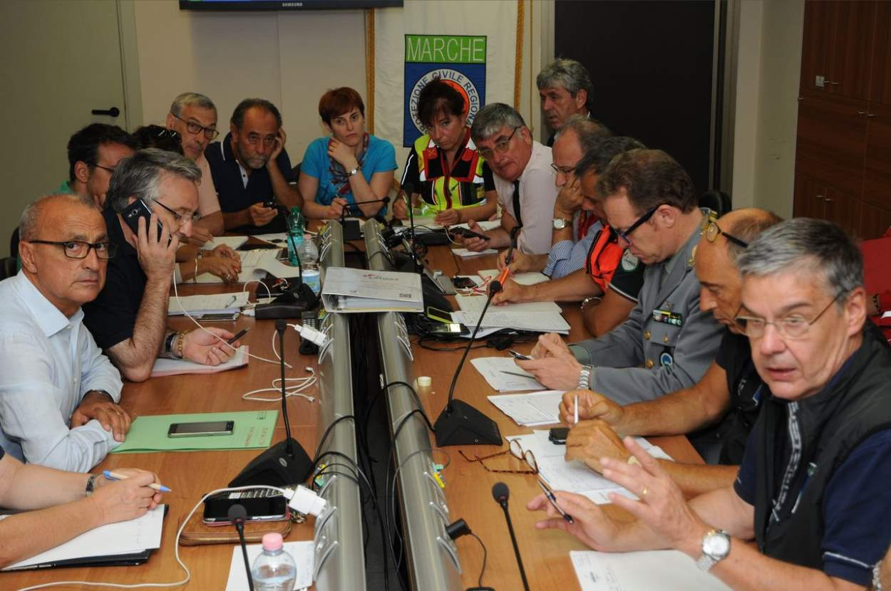 Sisma, riunione dell'Unità di Crisi della Protezione Civile Regionale
