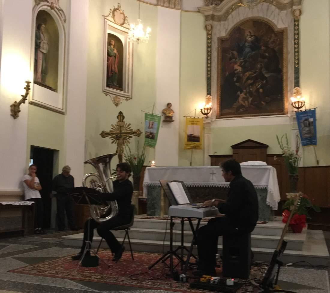 """Successo per """"Concerto tra note di preghiera"""""""