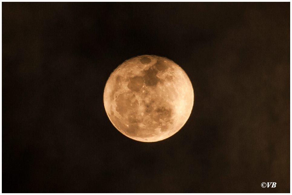 Perchè tarda la luna…