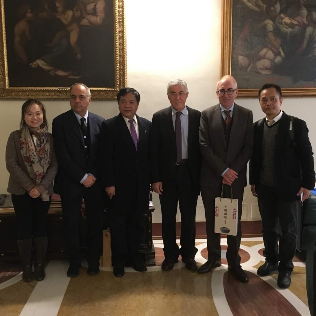 La delegazione della città cinese Zhaoqing in visita a UniMc