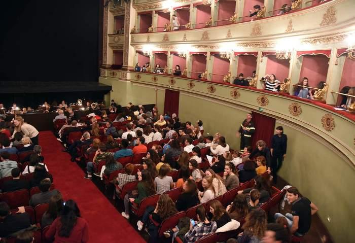 Ragazzi all'Opera_anteprima Giovani