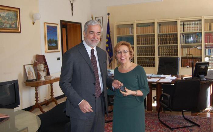 L'Amministratore Delegato Volkswagen Italia e la Cons. Prov. Bellini