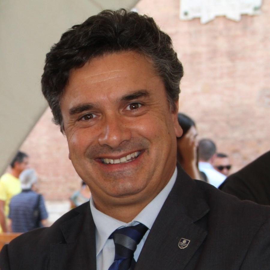 """Flavio Corradini, """"Dottore Honoris Causa"""" dall'Università de La Plata"""