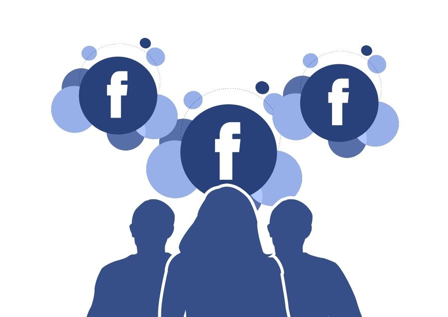 Tutti Tuttologi… al bar di Facebook