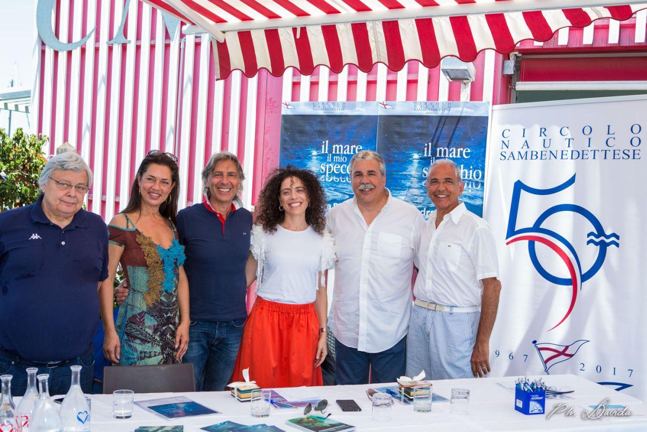 """Alessandra Peloso, """"il mare il mio specchio"""" alla Palazzina Azzurra"""