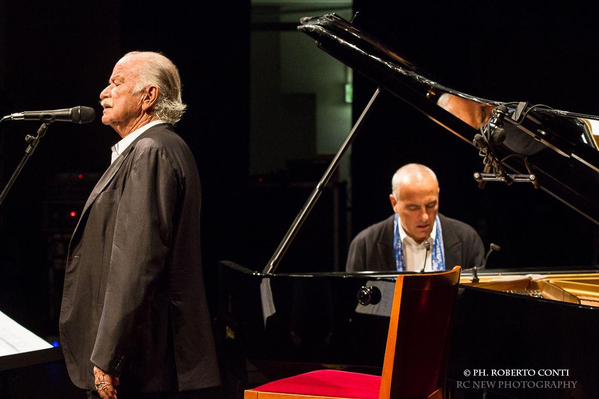 Nel cuore, nell'anima: rinviato il concerto diGino Paoli al 14 luglio