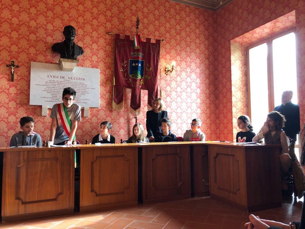 Insediato il Consiglio Comunale dei Ragazzi a Montefiore