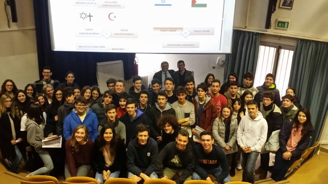 """Con """"Politiko"""" i giovani si avvicinano alla cooperazione internazionale"""
