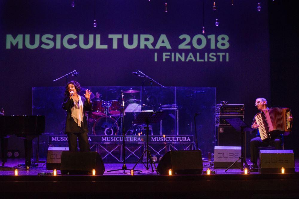 Musicultura: Antonella Ruggiero, madrina dei16 Finalisti del Festival 2018, incanta il Persiani
