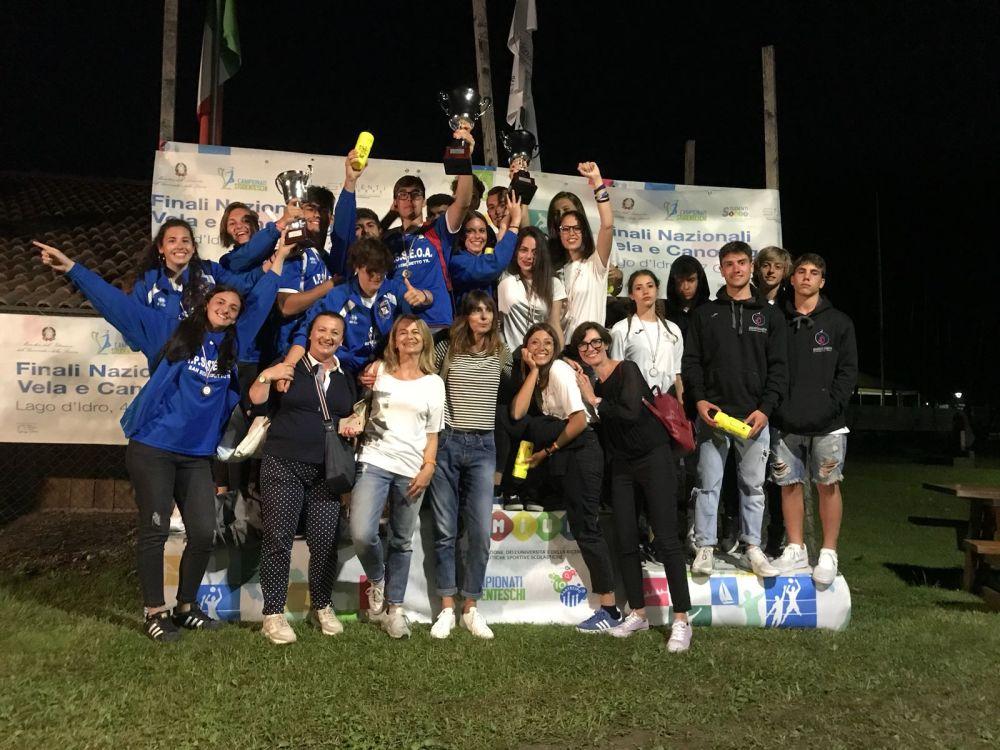 Canottaggio, successo ai tricolori studenteschi dell'Alberghiero Buscemi e Liceo Rosetti con la Lega Navale