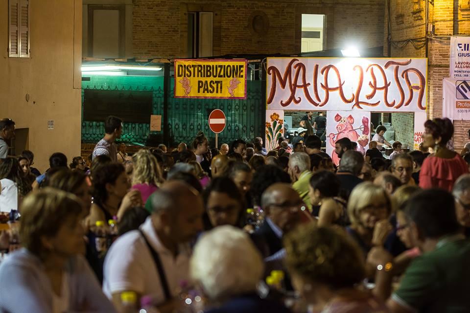 Folkappanka Bifolk Band alla Maialata in Piazza
