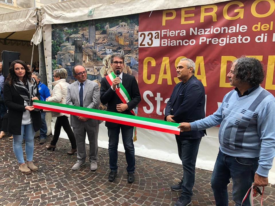 Inaugurata la Fiera Nazionale del Tartufo in uno de I Borghi più Belli d'Italia