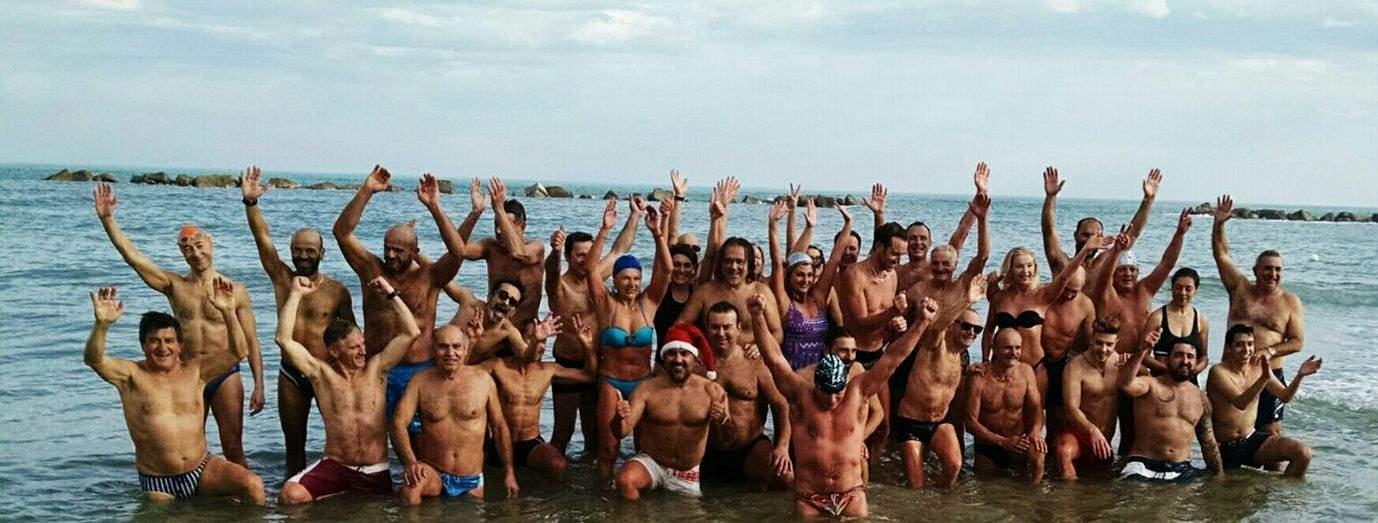 Bagno a Capodanno: i Vikinghi celebrano il ventennale