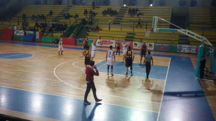 Samb Basket – Sutor Montegranaro 56 – 77: i rossoblù tengono solo un quarto, poi la Sutor dilaga