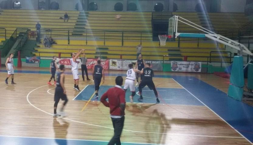 Samb Basket – Isernia 98 – 79. Partita mai in discussione, Ortenzi mvp con 31 punti!