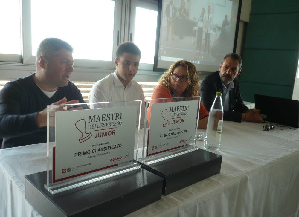 Riccardo Merlonghi dell'Alberghiero Buscemi 1° al concorso nazionale Maestri dell'Espresso junior