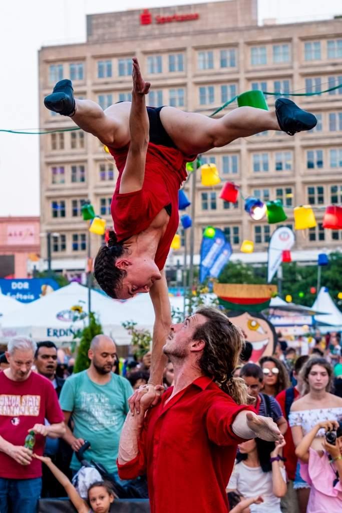 Un grande venerdì di festa al 20° Veregra Street Festival