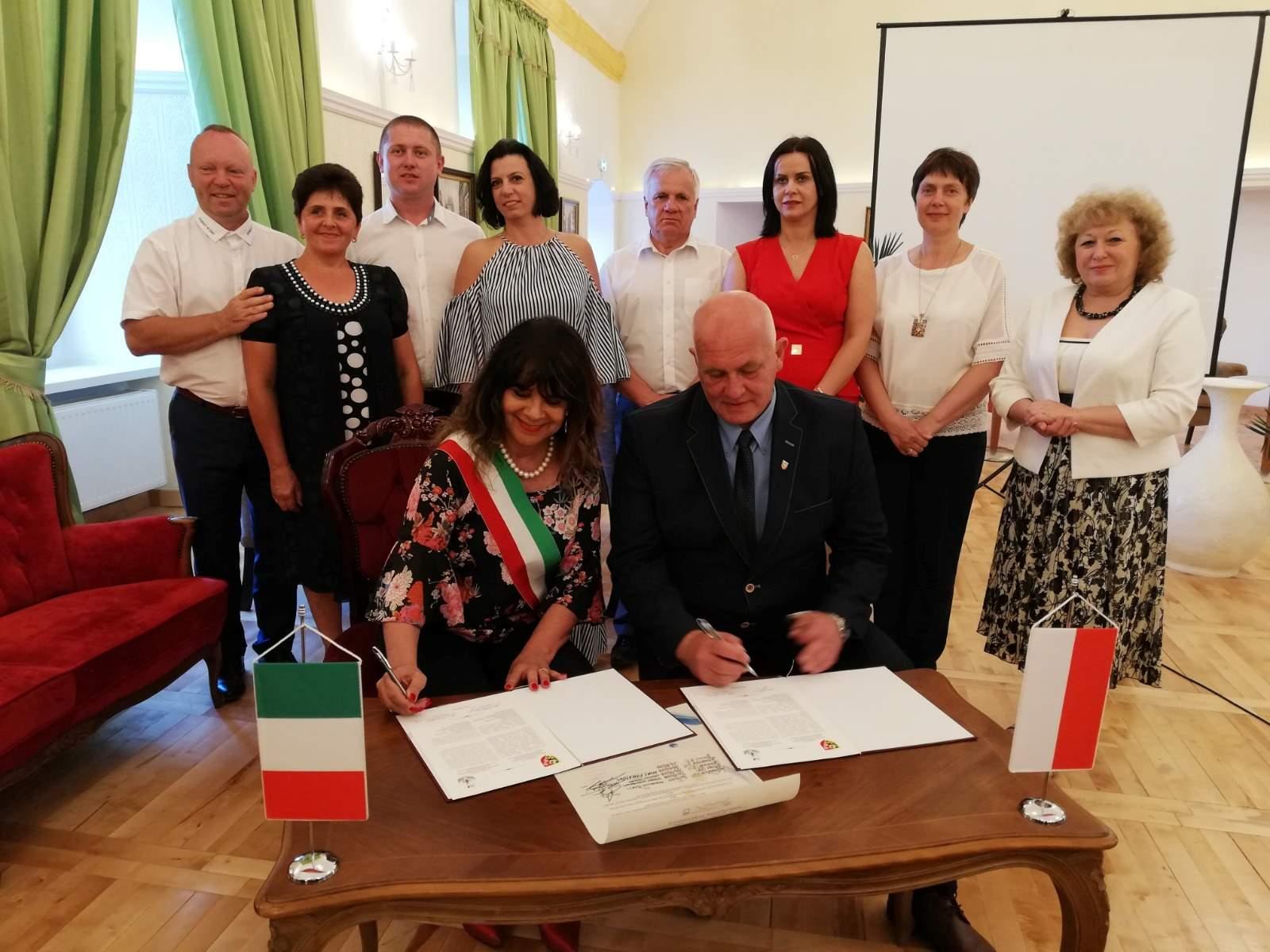 L'assessora Baiocchi vola in Polonia per firmare un protocollo di intesa con Nysa