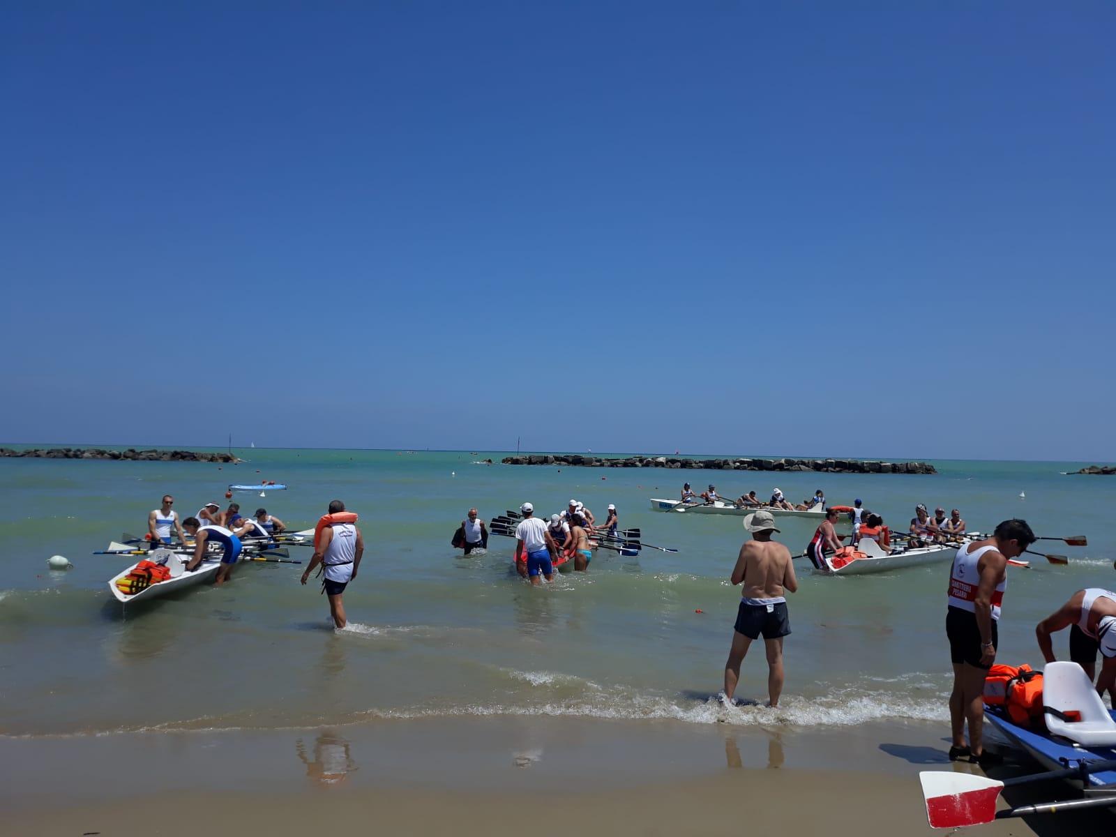 Partecipazione entusiasta dei canottieri della Lega Navale Italiana al Trofeo Challenger Adriatic Cup di Coastal Rowing