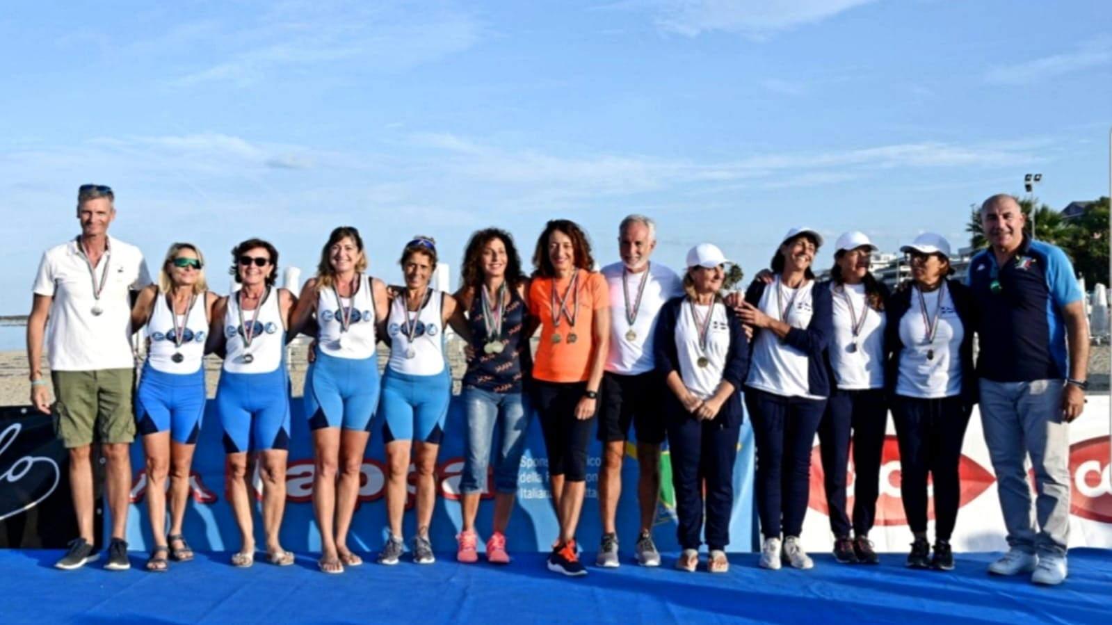 Canottaggio coastal rowing e beach sprint, podio tricolore per la Lega Navale