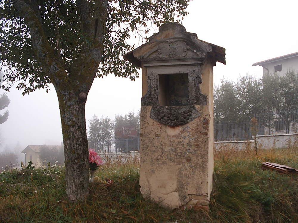 "Indagine storica sull'edicola ""Madonna del Carmine"""