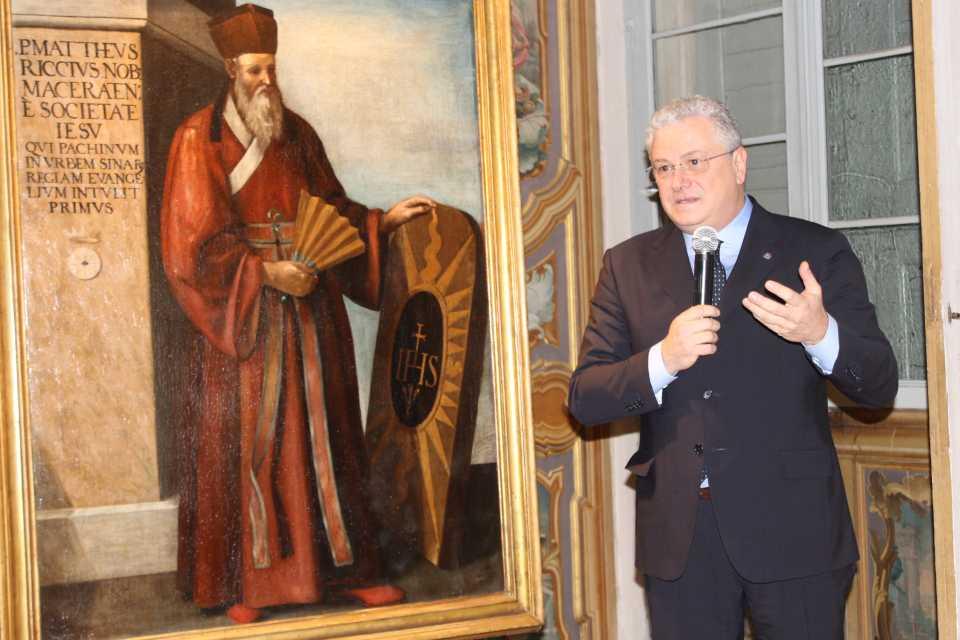 Il ritratto di padre Matteo Ricci restaurato di nuovo in mostra a Palazzo Buonaccorsi